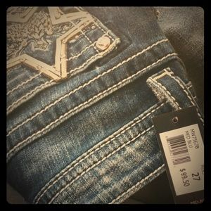Never worn miss me jeans wit tags